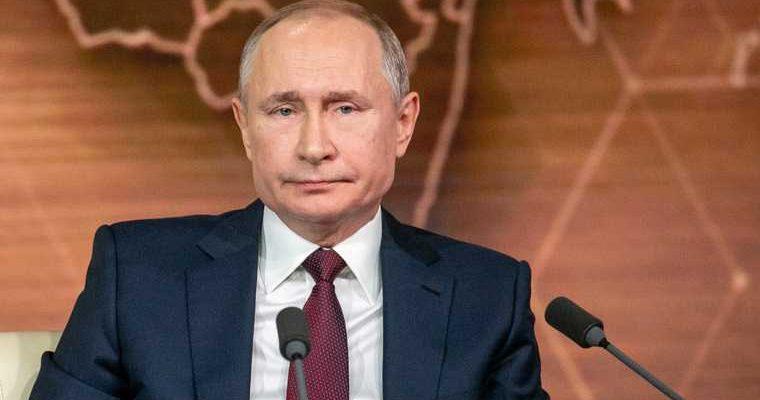 Путин отругал власти за аварию в Норильске