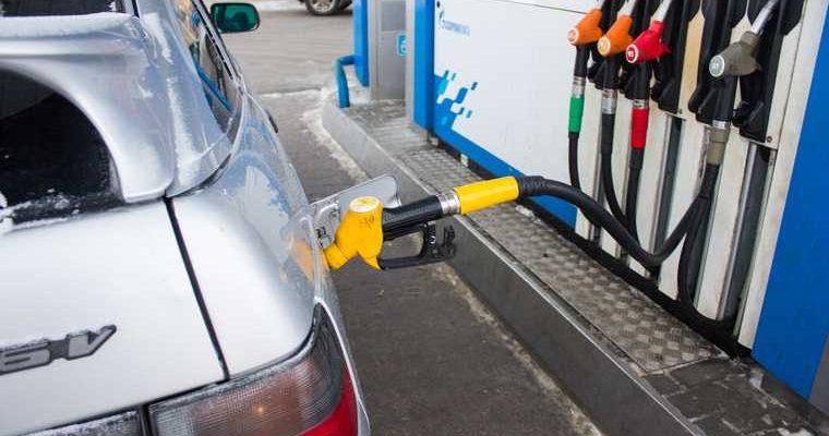 Российским водителям предоставят льготу за отказ от бензина