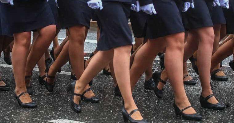 парад Победы Калининград туфля продолжила маршировать наградили девушка мичман Балтфлот