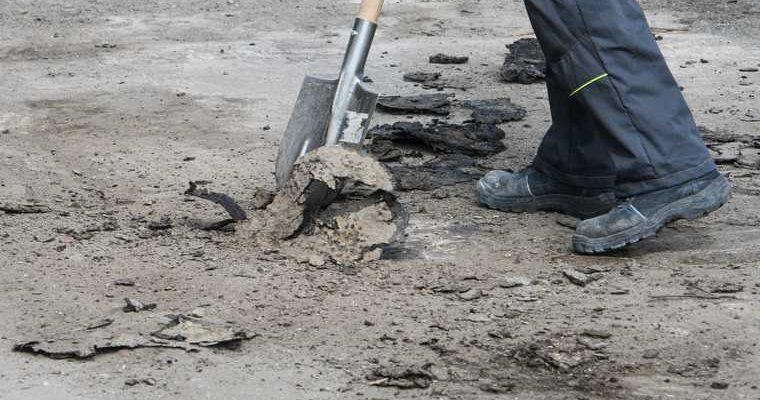 Сюнай Сале ЯНАО жители сами строят себе дорогу