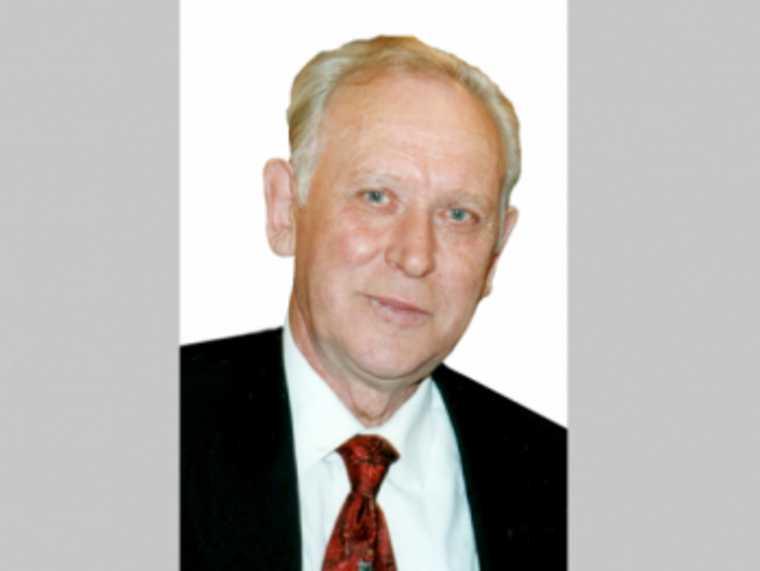 Скончался бывший вице-премьер свердловского правительства