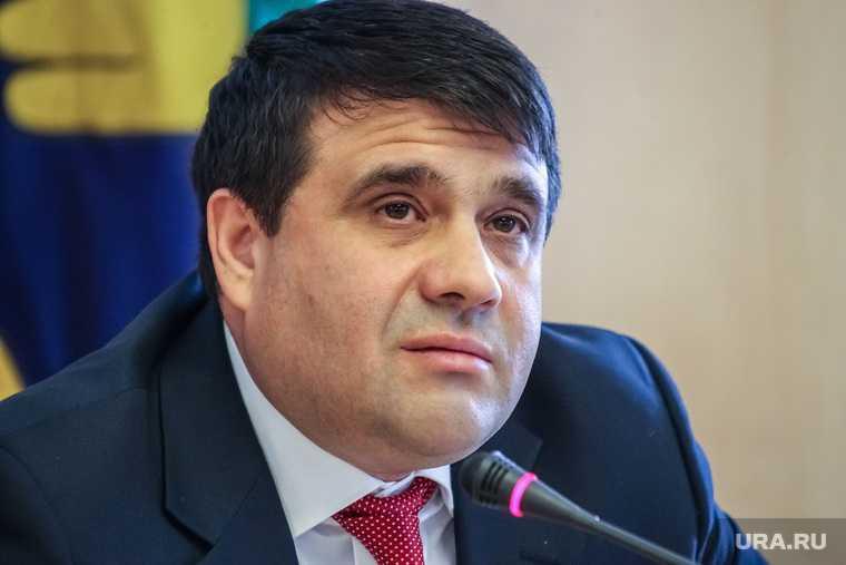 Пресс-конференция вице-спикера Тюменской областной думы от оппозиции Владимира Пискайкина. Тюмень