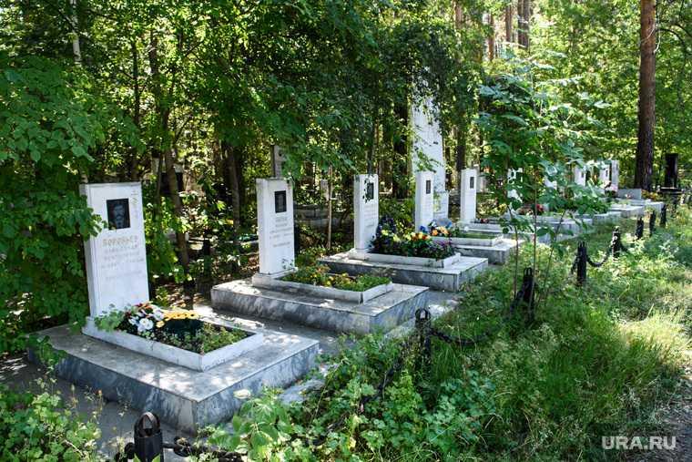Из-за кладбища в столице ЯНАО конфликт между казаками и мэрией
