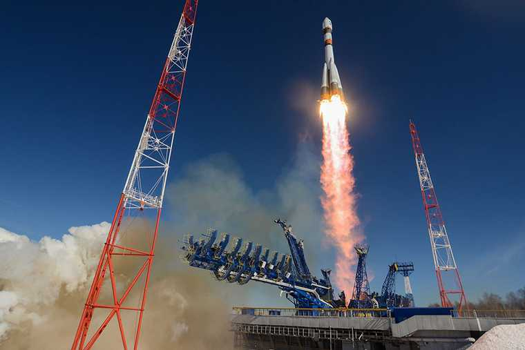 НПО автоматики день космонавтики