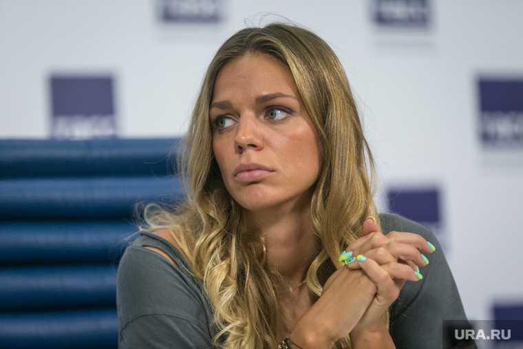 Юлия ефимова сша паспорт гражданство чемпионка плавчиха