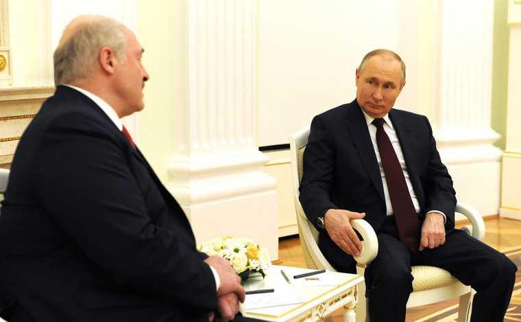 Путин дважды задень удивил Запад