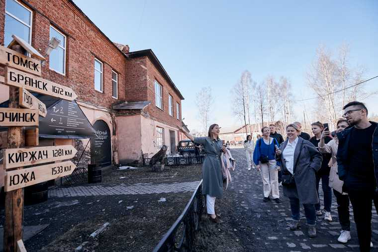 Свердловские власти отдают заброшенные здания художникам