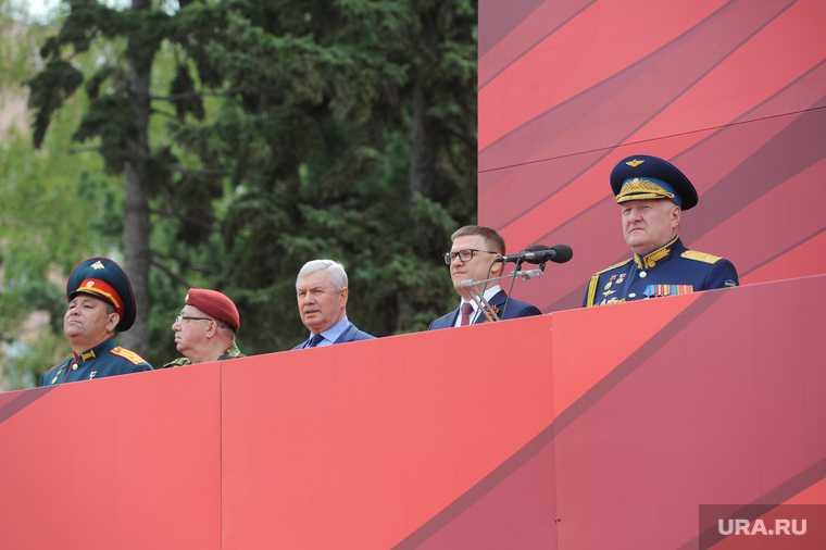 челябинск текслер парад победы