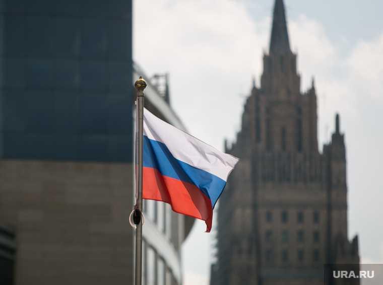 депутаты Европарламента поддержали отключение России от международной межбанковской системы SWIFT