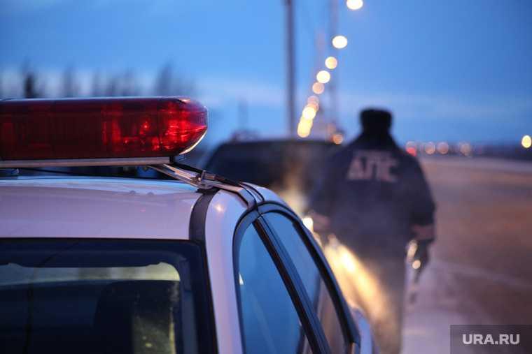 столкновение Nissan Pathfinder и грузовика MAN три человека погибло авария Советский Зеленоборск ХМАО