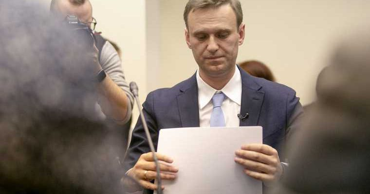 Навальный иск к колонии