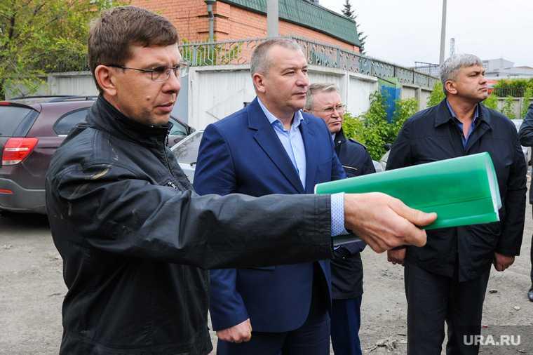 Челябинская область минстрой Белавкин замминистра взятка СКР дело