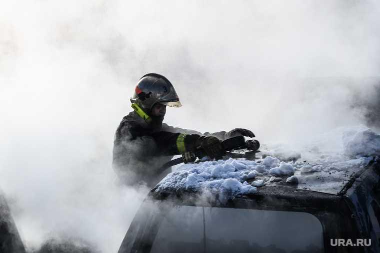 поджог машины мэра задержаны подозреваемые Артемовский Свердловская область